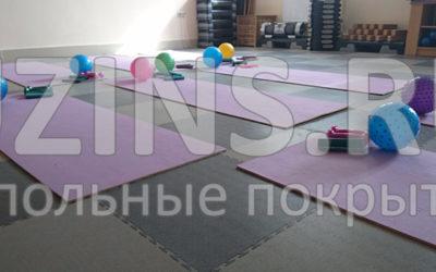 """Напольное покрытие """"Кутис"""" в фитнес-классе """"Оникс"""" - город Тамань"""